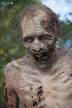 Photos - The Walking Dead - Season 5 - Promotional Episode Photos - Episode 5.12 - Remember - BTS - e4b42b48-8db6-c1cc-7da0-26adfaec3e24_TWD_512_GP_1007_0275
