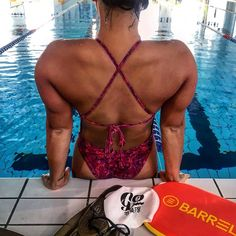 Female Swimmers, Swimming Benefits, Rugby Sport, Olympic Swimming, Competitive Swimming, Swim Team, Water Polo, Team Photos, Sport Girl