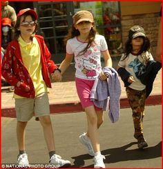 Prince Jackson, Paris Jackson, and Blanket.