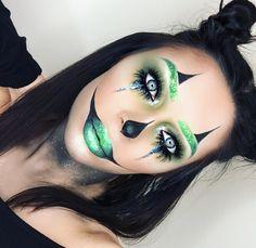 Creepy Clown Makeup, Halloween Makeup Clown, Amazing Halloween Makeup, Halloween Face, Halloween Costumes, Helloween Make Up, Carnival Makeup, Holiday Makeup, Pretty Green