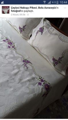 Machine Embroidery Designs, Embroidery Patterns, Moda Emo, Bed Covers, Victorian Era, Bed Spreads, Bed Sheets, Blouse Designs, Bedding Sets