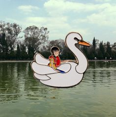 Happy Alone in a swan boat <3 by http://pinkyellowmx.tumblr.com/