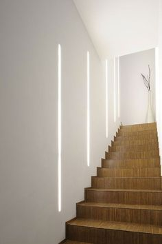 Lighting for Internal Stairs: 30 Original Ideas with Lights .- Illuminazione per Scale Interne: 30 Idee Originali con Luci a LED – Lighting for Internal Stairs: 30 Original Ideas with LED Lights – -