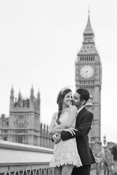 More of our #London shoots! The beginning of a new life in a beautiful destination. #wedtimestories #weddingphotography #storytelling #engagement #prewedding #engagementsession #fineartwedding #weddinginspiration #weddingphotographer #internationalweddingphotographer #couple #love #instalove #lovestory #storyteller