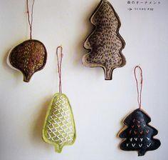 felt holiday ornaments  Orig. Pin by Emilie Barnes onto MAKE
