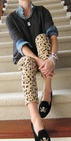 casual winter dresses 50 best outfits to wear in Florida Florida luxury waterfront condo Animal Print Pants, Animal Print Fashion, Fashion Prints, Leopard Print Pants, Animal Print Outfits, Animal Prints, Cheetah, Printed Pants Outfits, Legging Outfits