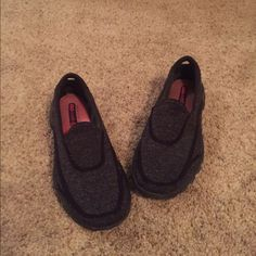 Skechers GoWalk2 sneakers Size 6 black Skechers. Great condition worn a few times Skechers Shoes Sneakers