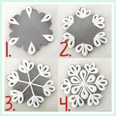Snowflake sugar cookie decorating tutorial - New Ideas Christmas Sugar Cookies, Christmas Sweets, Holiday Cookies, Christmas Baking, Halloween Cookies, Gingerbread Cookies, Christmas Decorations, Iced Cookies, Cute Cookies