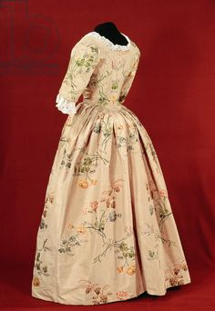 Dress, woven by Mr.Vantier from a fabric design by Anne Maria Garthwaite (1690-1763) 1747 (silk brocade)