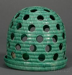 Wedgwood Green Glazed Crocus Pot - in the shape of a bee hive !!