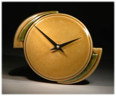 Pinned from a fellow ETSY member….Isn't this a great looking clock?……..551px-449px-Echo of Deco amberlandspeed.jpg