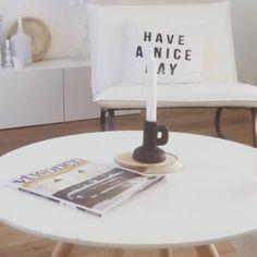 Rust in huis en VT wonen net binnen, daar ga ik eens heerlijk van genieten!! #saturday #zwartwitwonen #zwartwitenhout #hkliving #vtwonen #interior #interiör #interiordesign #interior4all #zuiver #home #kijkjeinmijnhuis