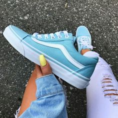 Beeindruckende lange Schuhe für Frauen Ideen , Best Picture For shoes heels sneakers For Your Taste You are looking for something, and it is going to tell you exactly what you are looking for, and you didn't find that picture. Here you will find[. Sneakers Vans, Tenis Vans, Blue Sneakers, Sock Shoes, Women's Shoes, Shoe Boots, Vans Shoes Outfit, Vans Tennis Shoes, Vans Shoes Fashion