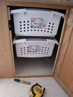 Looks like we are not the only ones using plastic totes and laundry baskets as diy rv rehabs. by carissa