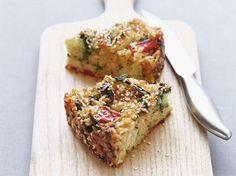 Rijstquiche (Libelle Lekker!) met rucola, rijst, broccoli, courgette, wortel, rode paprika, ei