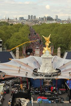 View of the Mall by The British Monarchy, via Flickr