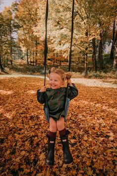 A Beautiful October Day in Vermont – Barefoot Blonde by Amber Fillerup Clark A Beautiful October Day in Vermont – Barefoot Blonde by Amber Fillerup Clark,kinder Amber Fillerup Clark Cute Family, Baby Family, Family Goals, Little Babies, Little Ones, Cute Babies, Baby Kids, Twin Baby Girls, Cute Little Girls