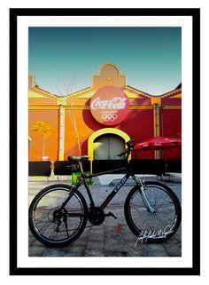 Minha bike em lugares por onde passei no Rio de Janeiro.  #minhabike #fotobike #photobike #andrevieira #caloi #decoração #quadro #cocacola