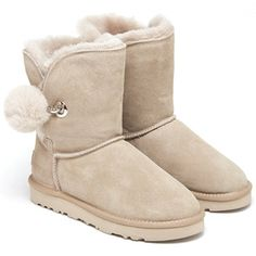 now on eboutic. Ugg Boots, Uggs, Sport, Fashion, Fashion Brand, Shoe, Moda, Deporte, Fashion Styles