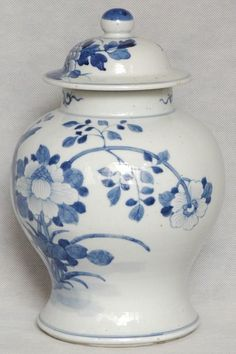 Large Chinese Qing Blue and White Porcelain Jar , 19C