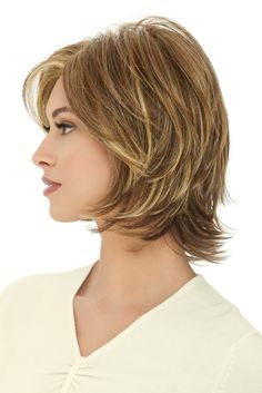 Pretty Pale Blonde - 60 Layered Bob Styles: Modern Haircuts with Layers for Any Occasion - The Trending Hairstyle Inverted Bob Hairstyles, Medium Bob Hairstyles, Layered Haircuts, Straight Hairstyles, Pixie Haircuts, Curly Hairstyles, Long Choppy Bobs, Short Hair Cuts, Short Hair Styles