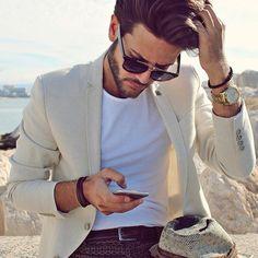 @alberto_bennett #men_style0 #menswear #mensfashion #fashionformen #styles #stylish  #style #menstyle  #streetfashion #streetstyle #guys #boys #trendy #outfit #swag