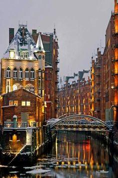 Hamburg, Germany @Laura Goldenberger Photography