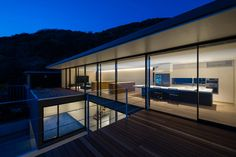 Seascape House by Tomoyuki Sakakida