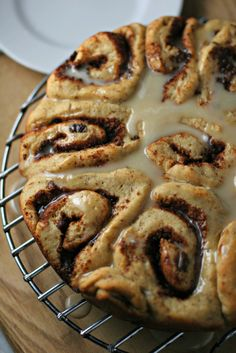 Maple Glazed Cinnamon Raisin Rolls ~vegan~