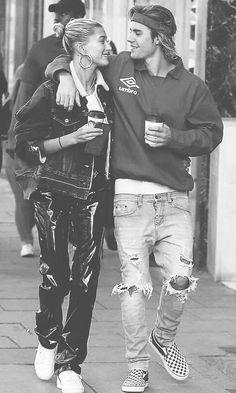 Wallpaper JB Justin Bieber Tattoos, Justin Bieber Smile, Hailey Baldwin, Justin Hailey, Mens Fashion Wear, Bae, Celebs, Celebrities, Celebrity Couples