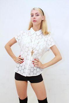 PRETTY FEMININE White Broderie Anglaise Cotton FLORAL LACE Blouse Shirt Top M EC