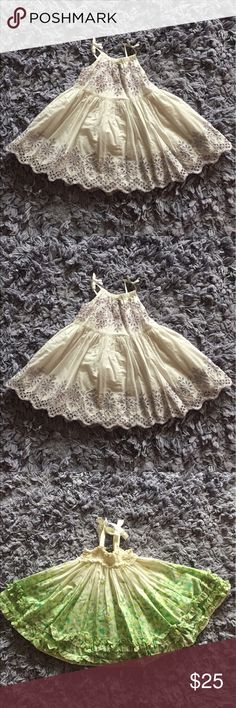 🎀 Precious baby gap dresses Precious baby gap dresses 6-12 months *no tags because it bothered my baby 😬 GAP Dresses