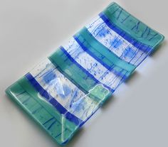 Google Image Result for http://www.theartzoo.com/pictures/decor/fused-glass-dish-04.jpg