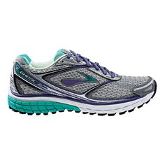 Float right past the competition, running so incredibly light and cushioned that youll be hauntingly hard to catch in the newly updated Womens Brooks Ghost 7 running shoes