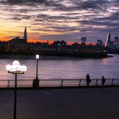 #sunlovers#sunset#sunset_vision#cheesegrater#walkietalkiebuilding#thisislondon#shutup_london#london4all#just_features#silhouette#london_city_photo#london_enthusiast#thelondonlifeinc#moodygrams#igpowerclub#igworldclub#iglobalphotographers#london_masters#igerslondon#ukpotd#worldframeclub#ig_photosentez#agameoftones#london#rsa_streetview#loves_london#london_only#theshard#london_city_photo#lamploversoftheworldunite by franciscaoluku