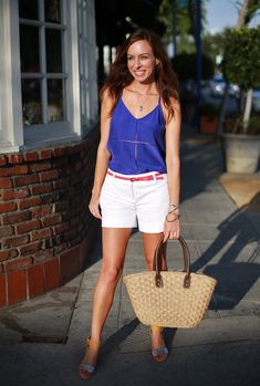 casual chic outfit with woven bag