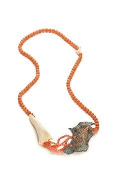 STEPHANIE TOMCZAK-USA : Flotsam Necklace, enamel on copper, coral beads, bone and shell