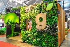 Living shapes - Living logo? ..... singapore exhibition booth - Google Search