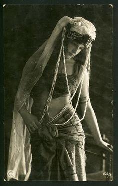 vintage gypsies   Tags: few and far , vintage gypsy