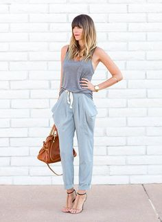 I LOVE how comfy and casual this look is, but can easily be transitioned from day to night and from casual to dressy with a few key accessories <3