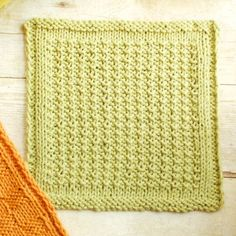 Textured Knit Dishcloth Pattern | www.petalstopicots.com | #knit #dishcloth…