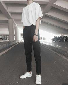 40 Ideas photography fashion men boys fashion photography is part of Fashion - Korean Fashion Men, Ulzzang Fashion, Korean Street Fashion, Kpop Fashion, Asian Fashion, Fashion Outfits, Mens Fashion, Fashion Ideas, Mens Tumblr Fashion
