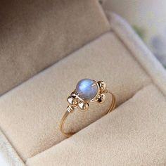 Labradorite ring,14K gold filled Ring,Labradorite Stone,Gemstone Ring,Delicate Ring,Silver Labradorite Ring,Simple Ring,Labradorite jewelry by Sylviavision on Etsy
