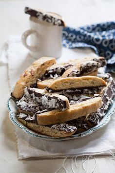Oh how I adore Biscotti!  ....Wouldn't this make nice gifts at the holidays?  Almond Joy Biscotti