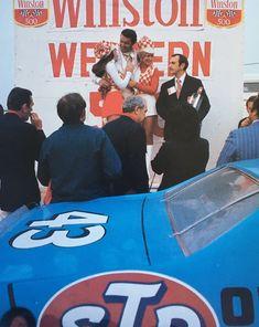 Richard Petty, King Richard, Nascar Champions, Car Humor, How To Run Faster, Mopar, Race Cars, The Past, Racing