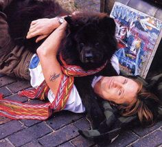 My Bohemain Boyfriend Viggo Mortensen and Chow Chow baby. First Ladies, Chow Chow, Spitz Dogs, Fiction, Bruce Weber, Renaissance Men, Hot Actors, Famous People, Famous Dogs