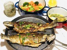 Cum să faci păstrăv la grătar sau la tigaie cu legume și sos meuniere, fără să se prindă?! – Chef Nicolaie Tomescu Zucchini, Pork, Fish, Meat, Chicken, Kale Stir Fry, Pisces, Pork Chops, Cubs
