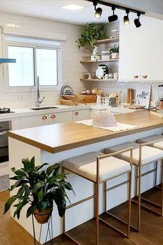 Kitchen Room Design, Diy Kitchen Decor, Modern Kitchen Design, Interior Design Kitchen, Cuisines Design, Apartment Interior, Home Kitchens, Kitchen Remodel, Sweet Home