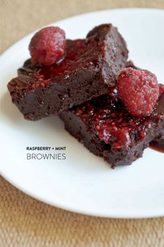 Baking recipe round-up with Macy's! http://www.stylemepretty.com/2014/07/07/baking-recipe-round-up-with-macys/