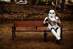 O que os stormtroopers fazem quando estão de folga?
